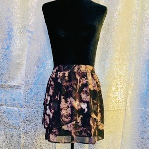 Silence + Noise Brown Tiered Mini Skirt Size 6
